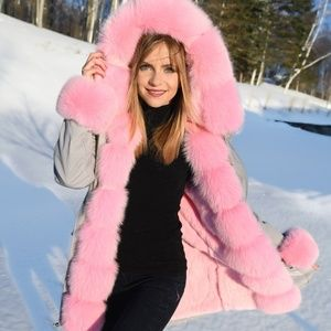 5ff5b4288ce04 Jackets   Blazers - Women s luxurious real fox fur parka